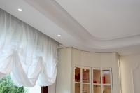 Plaster corner cornices with custom radius