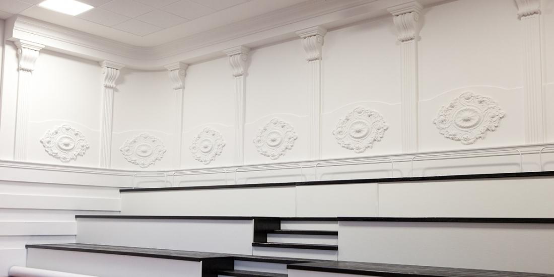Hand crafted plaster accents son stucchi - Decori in gesso per interni ...